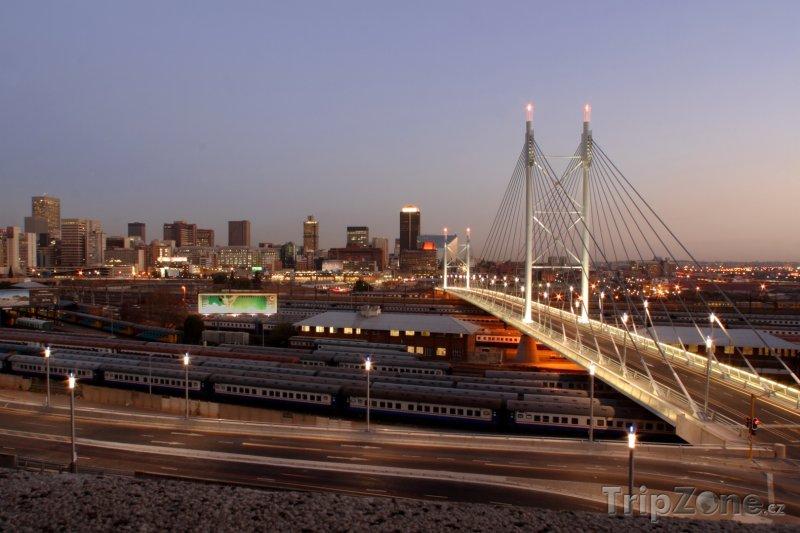 Fotka, Foto Most Nelsona Mandely (Johannesburg, Jihoafrická republika)