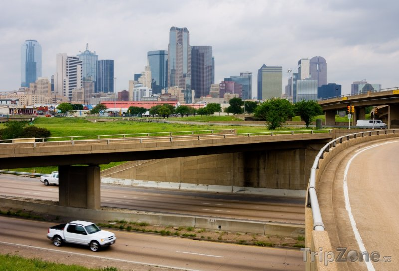 Fotka, Foto Mosty přes dálnici (Dallas, USA)