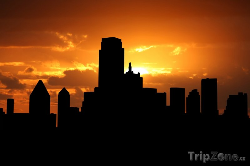 Fotka, Foto Mrakodrapy v západu slunce (Dallas, USA)