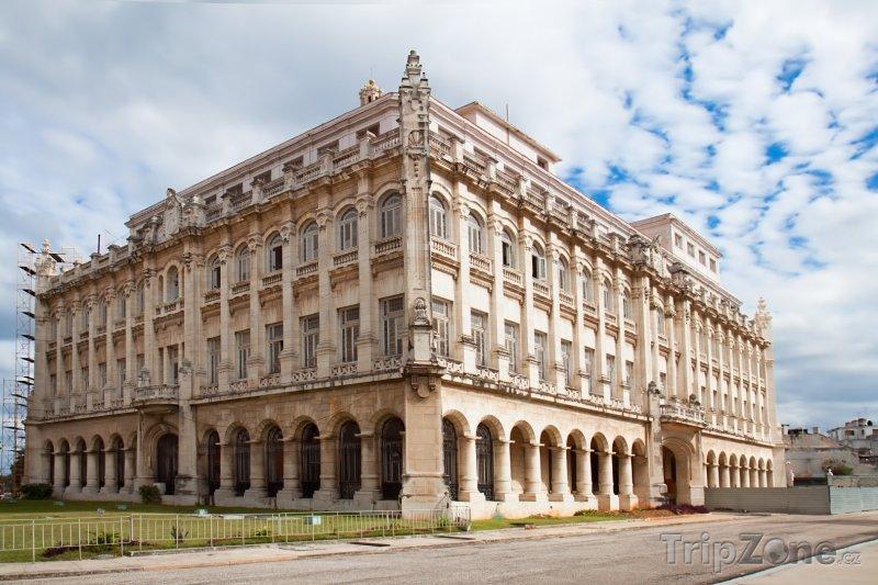 Fotka, Foto Muzeum Revoluce (Havana, Kuba)