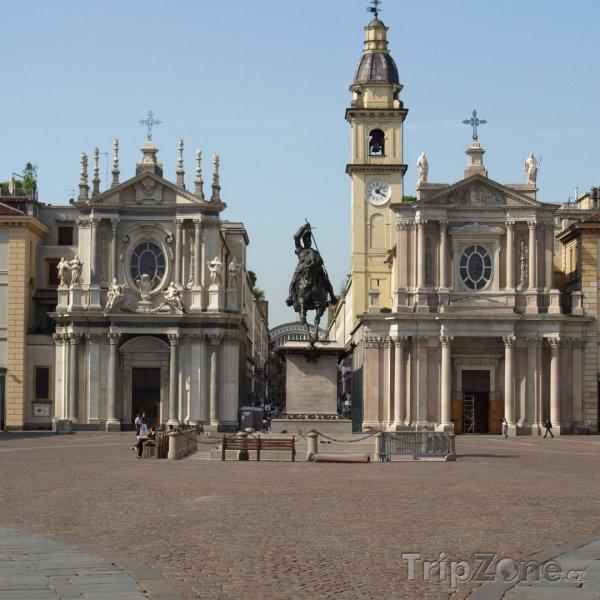 Fotka, Foto Náměstí Piazza San Carlo (Turín, Itálie)