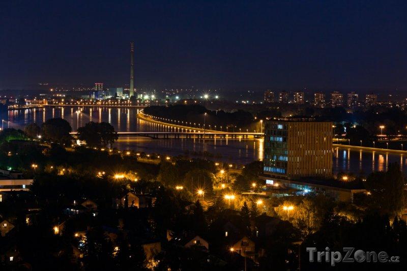 Fotka, Foto Noční město (Záhřeb, Chorvatsko)