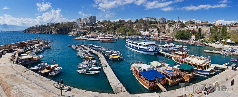 Fotka, Foto Panoráma přístavu (Antalya, Turecko)