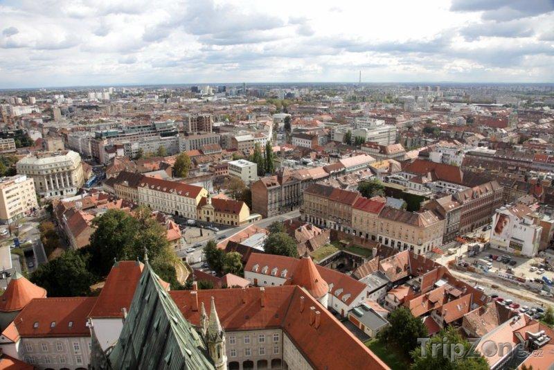 Fotka, Foto Panoramatický pohled na město (Záhřeb, Chorvatsko)