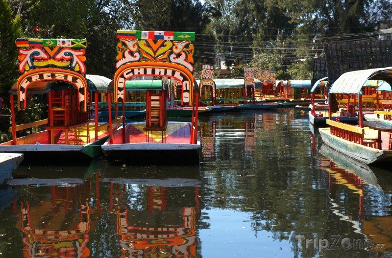 Fotka, Foto Plovoucí zahrady Xochimilco (Mexico City, Mexiko)