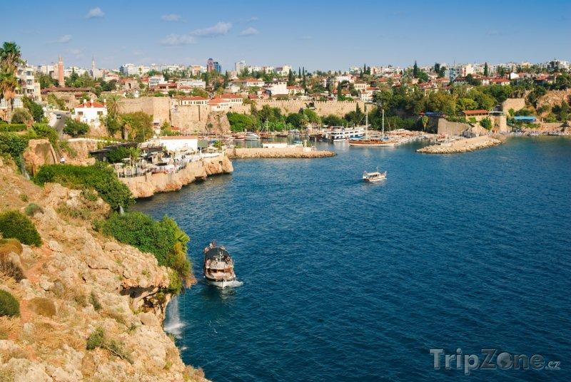 Fotka, Foto Pohled na malý přístav (Antalya, Turecko)
