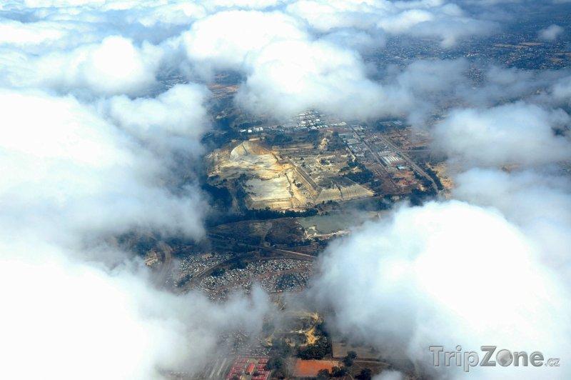 Fotka, Foto Pohled na město z letadla (Johannesburg, Jihoafrická republika)