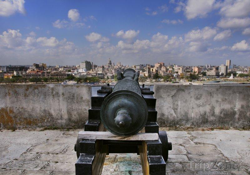 Fotka, Foto Pohled na město z pevnosti La Cabaña (Havana, Kuba)