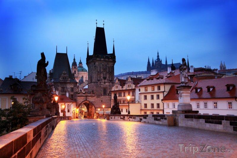 Fotka, Foto Pohled z Karlova mostu (Praha, Česká republika)