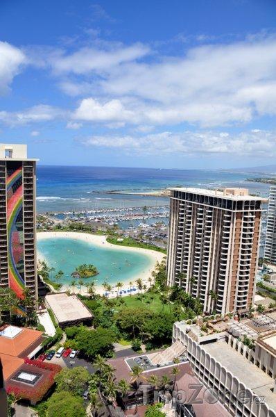 Fotka, Foto Pohled z mrakodrapu na pobřeží (Honolulu, USA)