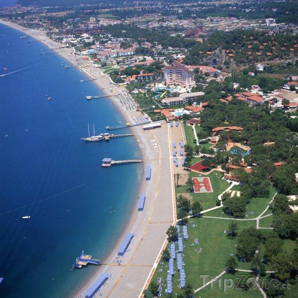 Fotka, Foto Pohled z výšky na pobřeží (Antalya, Turecko)