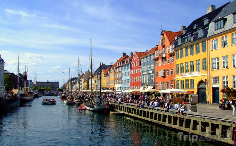 Fotka, Foto Populární kavárny na břehu kanálu (Kodaň, Dánsko)