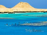 Potápějící se turisti u ostrova Giftun