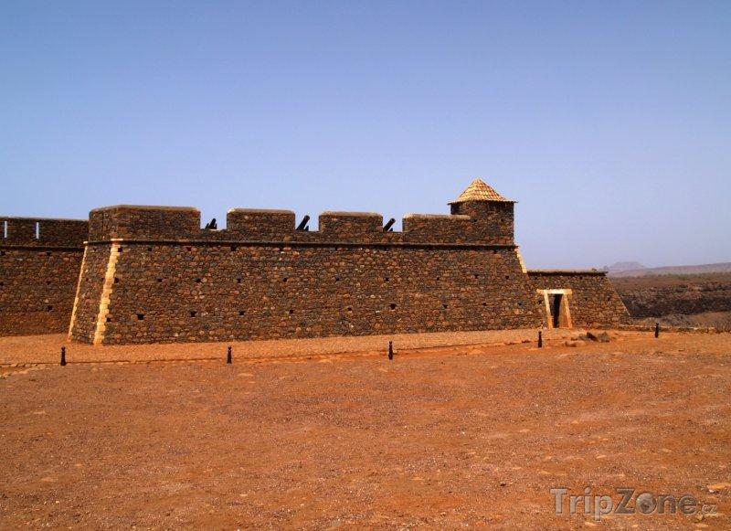 Fotka, Foto Praia, portugalská pevnost poblíž města (Kapverdy)