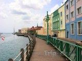 Promenáda na pobřeží v Bridgetownu