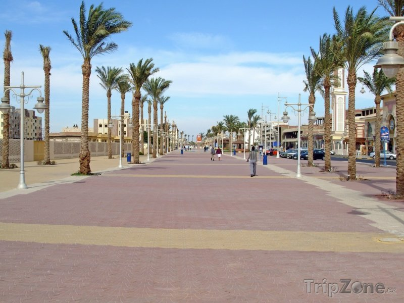 Fotka, Foto Promenáda poblíž pláže (Hurghada, Egypt)