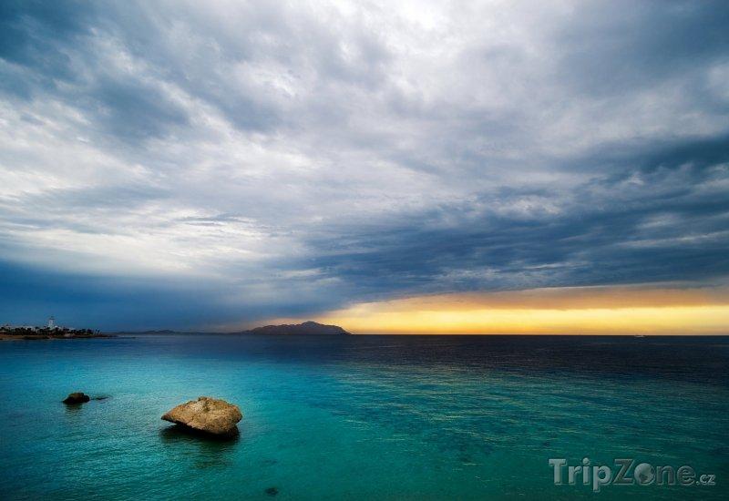 Fotka, Foto Sharm El Sheikh při západu slunce (Sinaj, Egypt)