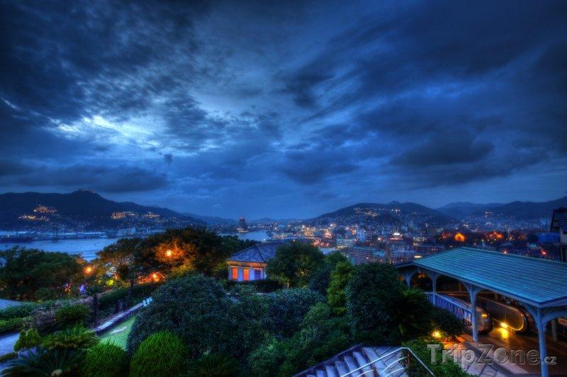 Fotka, Foto Stmívání v Nagasaki (Japonsko)