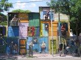 Typické domy ve čtvrti La Boca