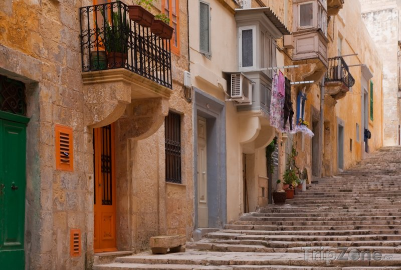 Fotka, Foto Valletta, ulička ve městě (Malta)