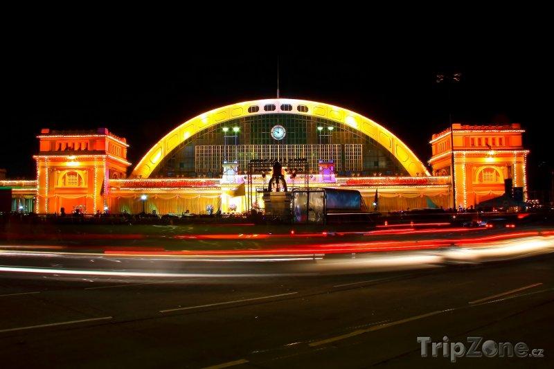 Fotka, Foto Vlakové nádraží v Bangkoku (Bangkok, Thajsko)