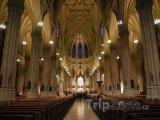 Vnitřek katedrály sv. Patrika v New Yorku