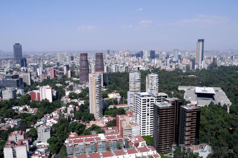 Fotka, Foto Výškové budovy v Mexico City (Mexiko)