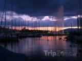 Západ slunce v Ženevě