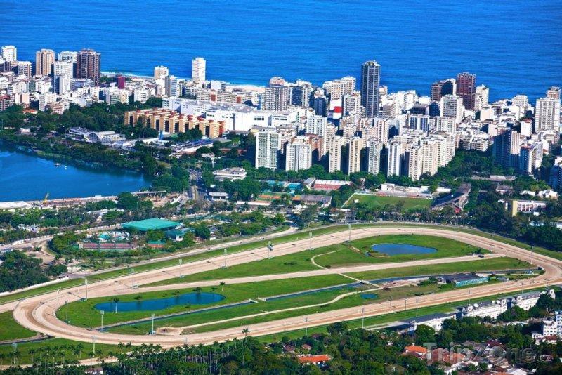 Fotka, Foto Závodní trať v části Lagoa (Rio de Janeiro, Brazílie)