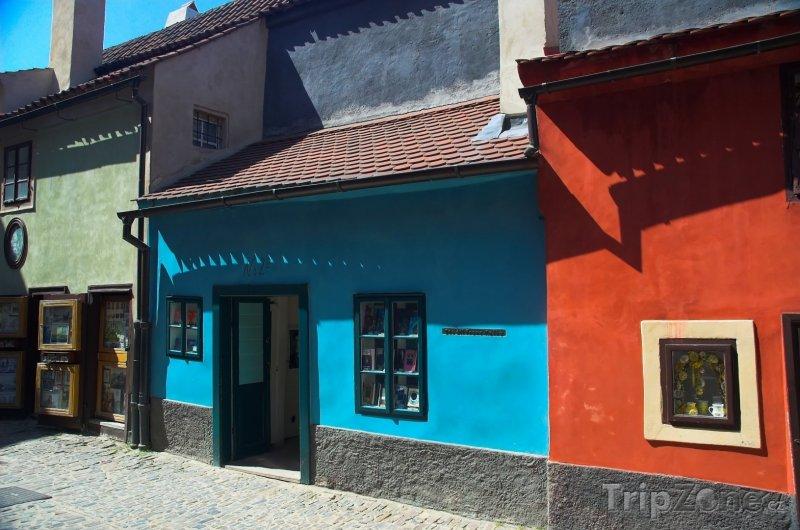 Fotka, Foto Zlatá ulička na Pražském hradě (Praha, Česká republika)