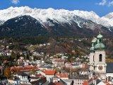 Alpy nad městem