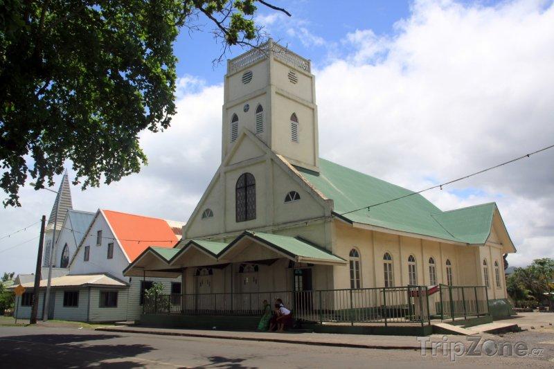 Fotka, Foto Apia, kostel ve městě (Samoa)
