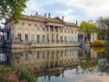 Łazienki, Palác na vodě