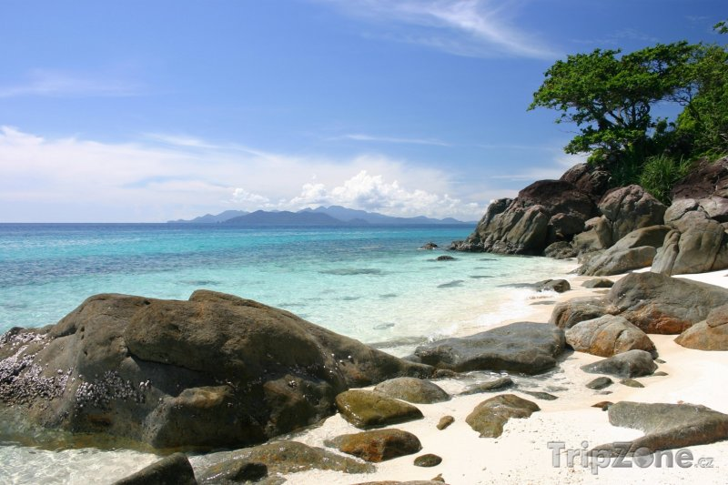 Fotka, Foto Balvany na pláži (Pattaya, Thajsko)