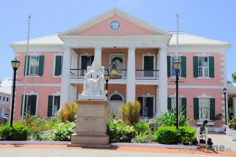 Fotka, Foto Budova parlamentu (Nassau, Bahamy)