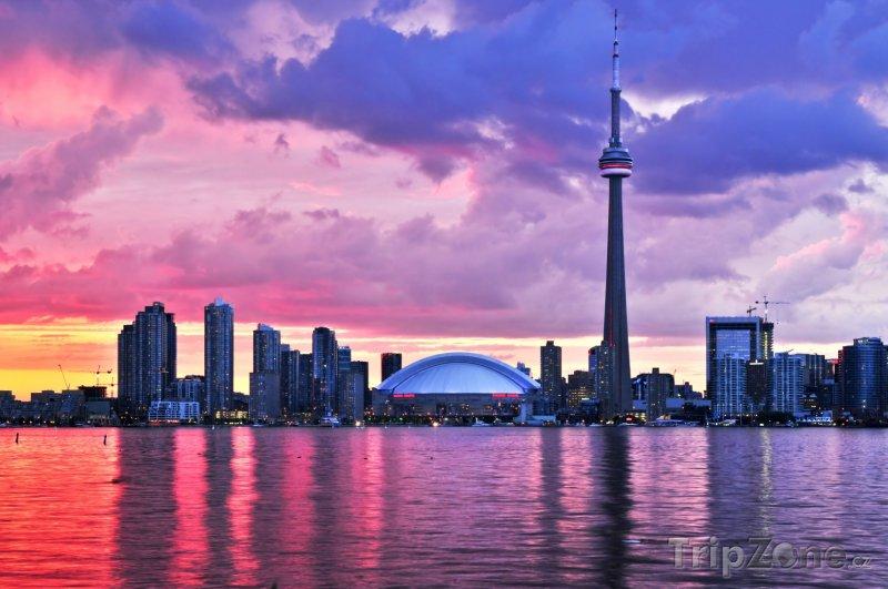 Fotka, Foto Červánky nad městem (Toronto, Kanada)