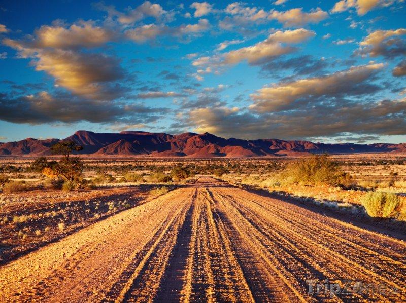 Fotka, Foto Cesta v poušti Kalahari (Namibie)