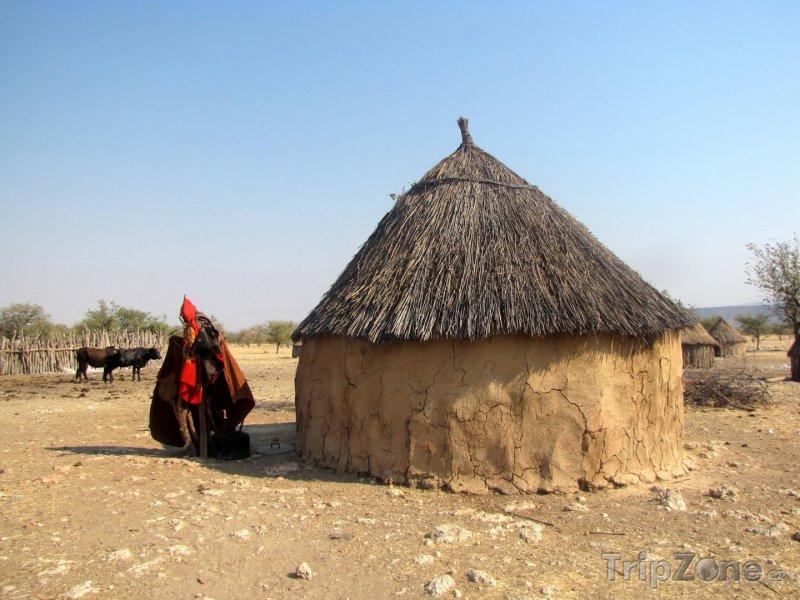 Fotka, Foto Chýše v himbské vesničce (Namibie)