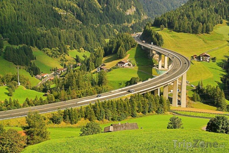 Fotka, Foto Dálnice Brennerautobahn (Innsbruck, Rakousko)