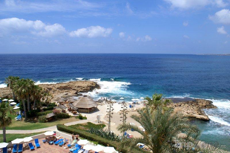 Fotka, Foto Hotelový resort na pobřeží (Pafos, Kypr)