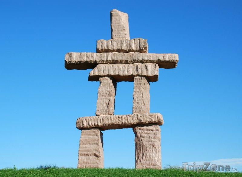 Fotka, Foto Inukshuk, mezník z kamenů (Toronto, Kanada)