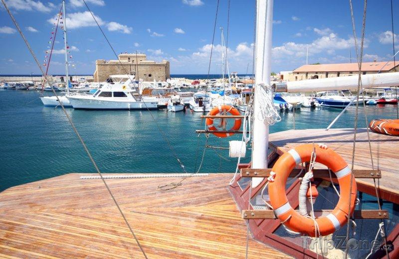 Fotka, Foto Jachty v přístavu (Pafos, Kypr)