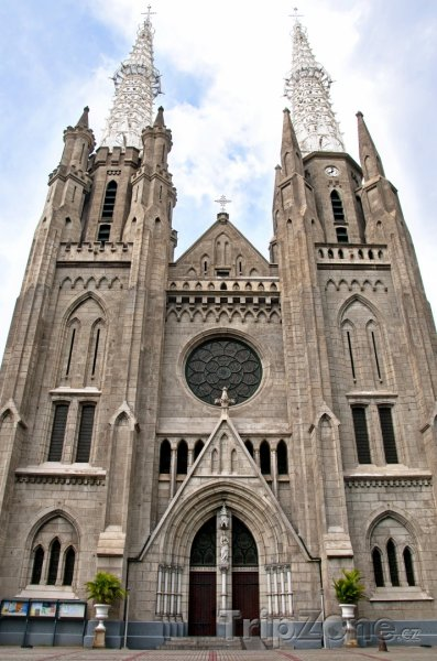 Fotka, Foto Katedrála Gereja (Jakarta, Indonésie)