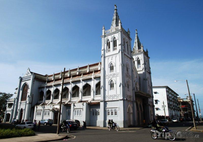 Fotka, Foto Katedrála ve městě Colón (Panama)