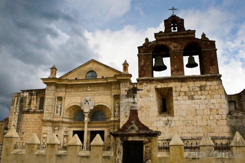 Fotka, Foto Kostel v Santo Domingu (Dominikánská republika)