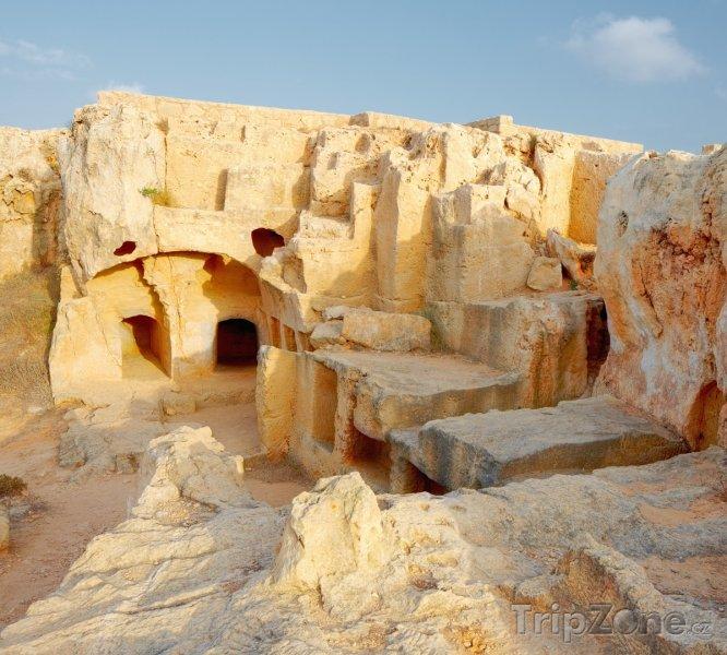 Fotka, Foto Královské hrobky (Pafos, Kypr)