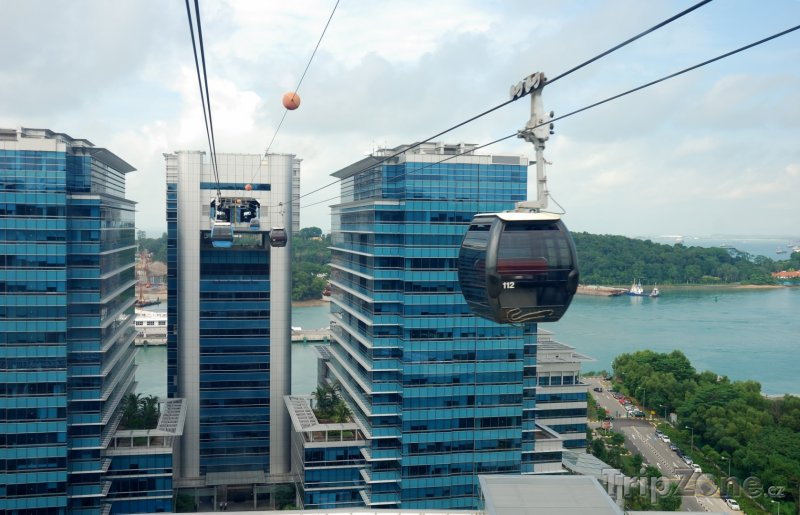 Fotka, Foto Lanovka na ostrov Sentosa (Singapur)