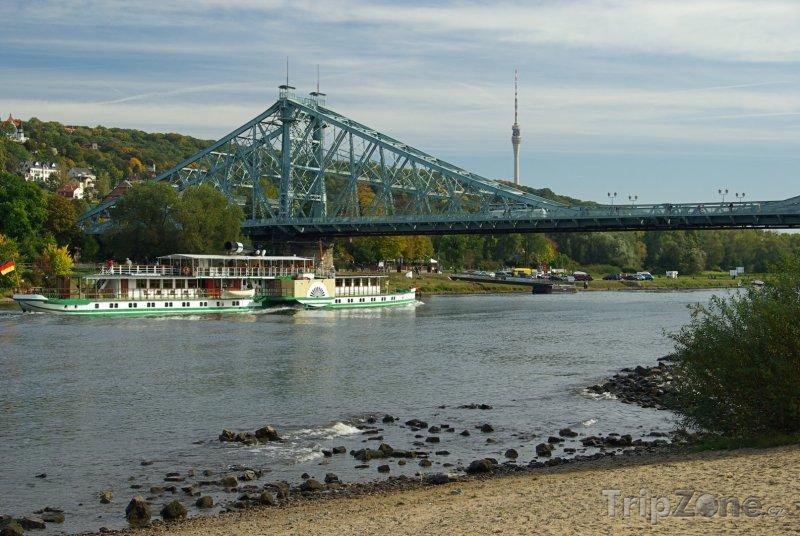 Fotka, Foto Most Loschwitz přes Labe (Drážďany, Německo)