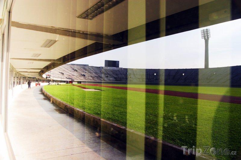 Fotka, Foto Národní stadion (Singapur)
