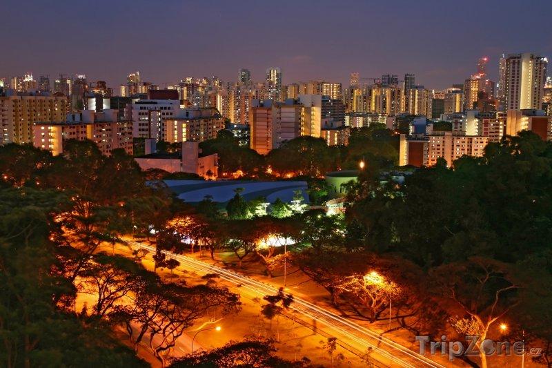Fotka, Foto Noční město (Singapur)